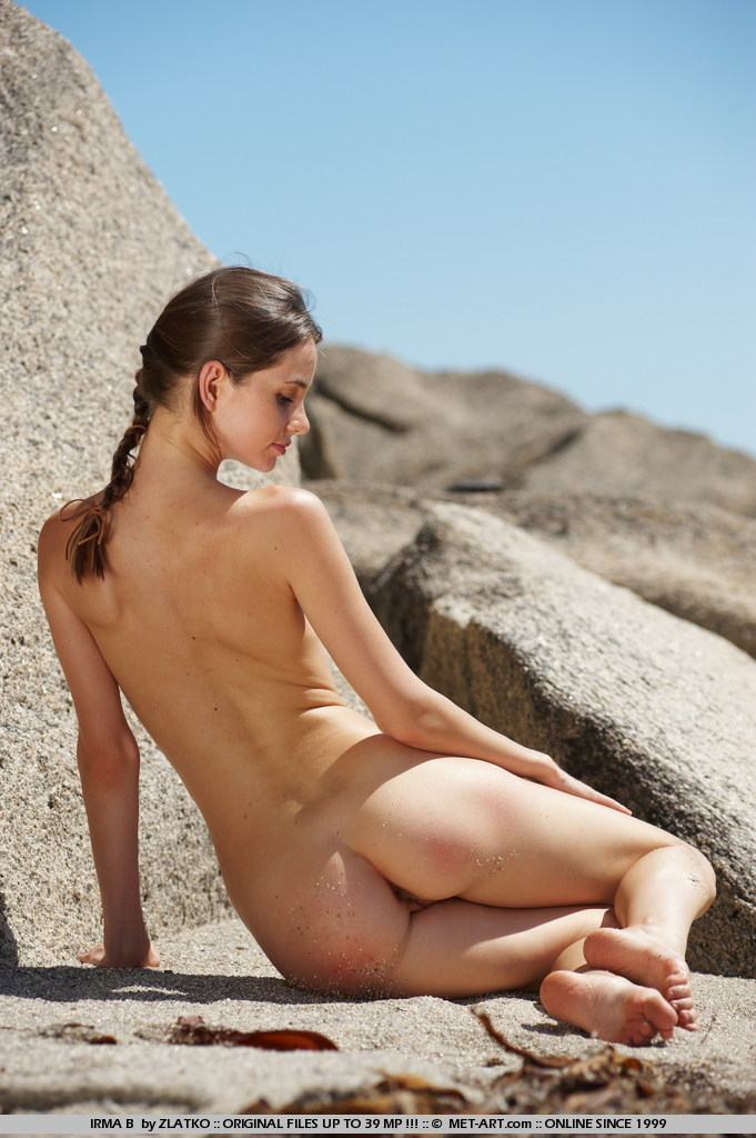 Rock Climbing Girls Nude - Pics And Galleries-8670