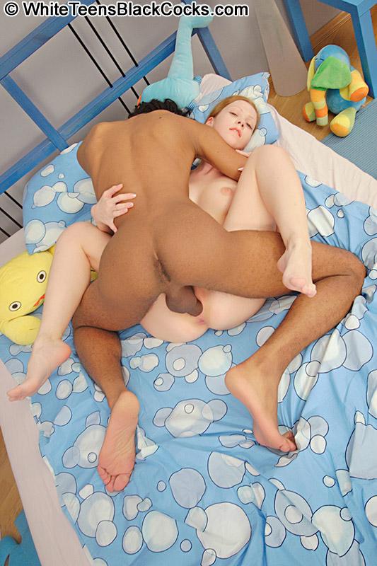 naked swedihs coed teen girls