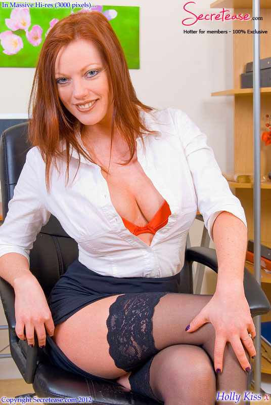 secretary Holly kiss