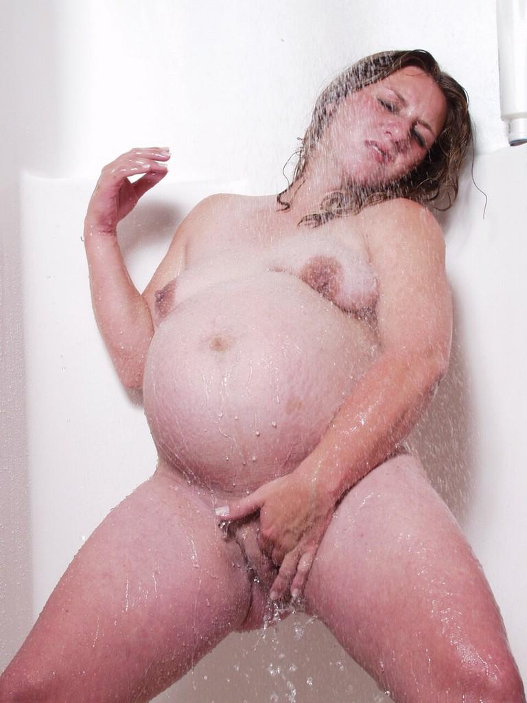 model xxx image Shower