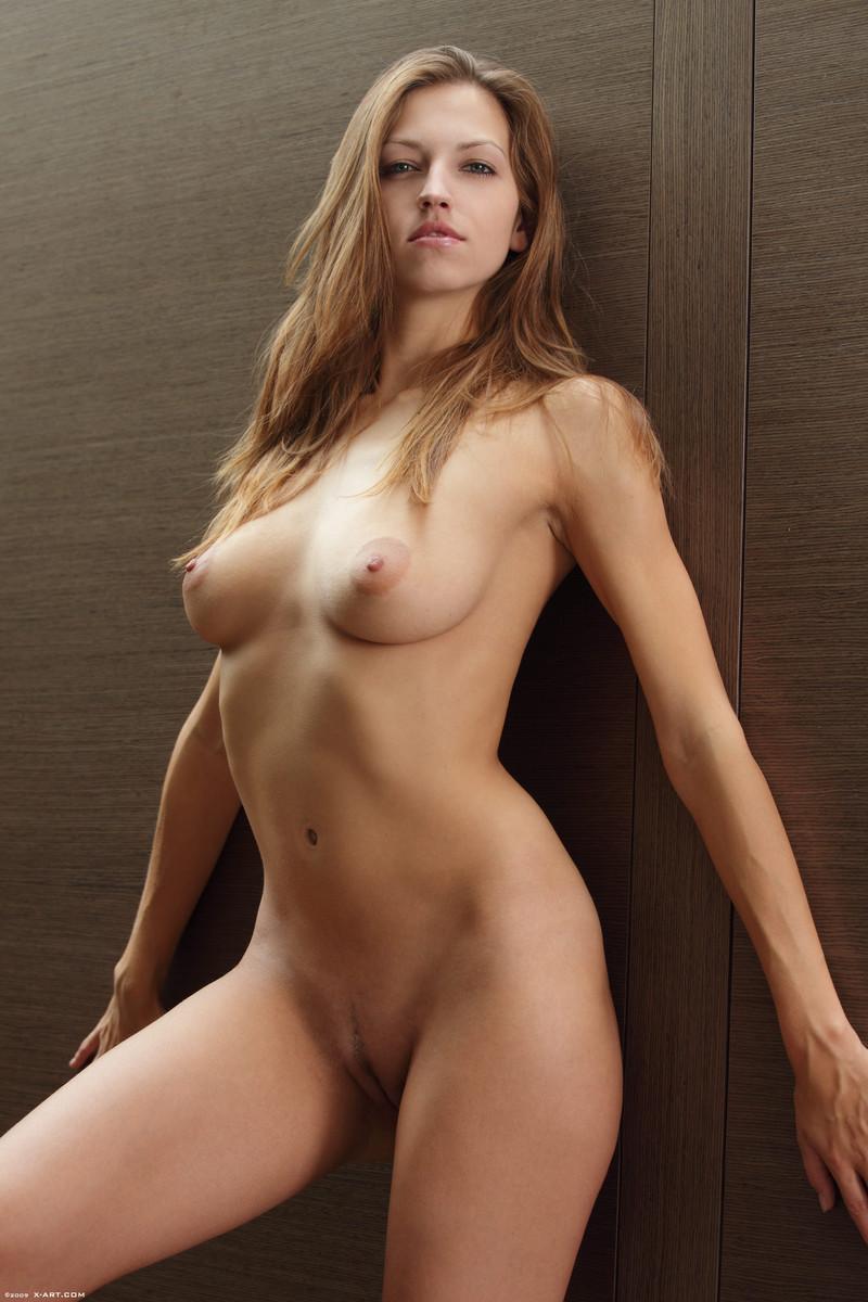 full house nude