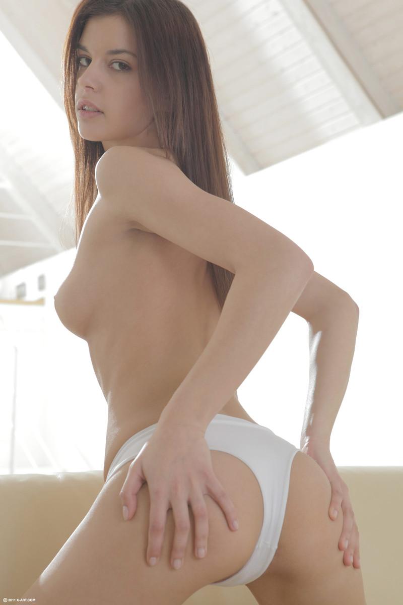 Nice young milf hot ass