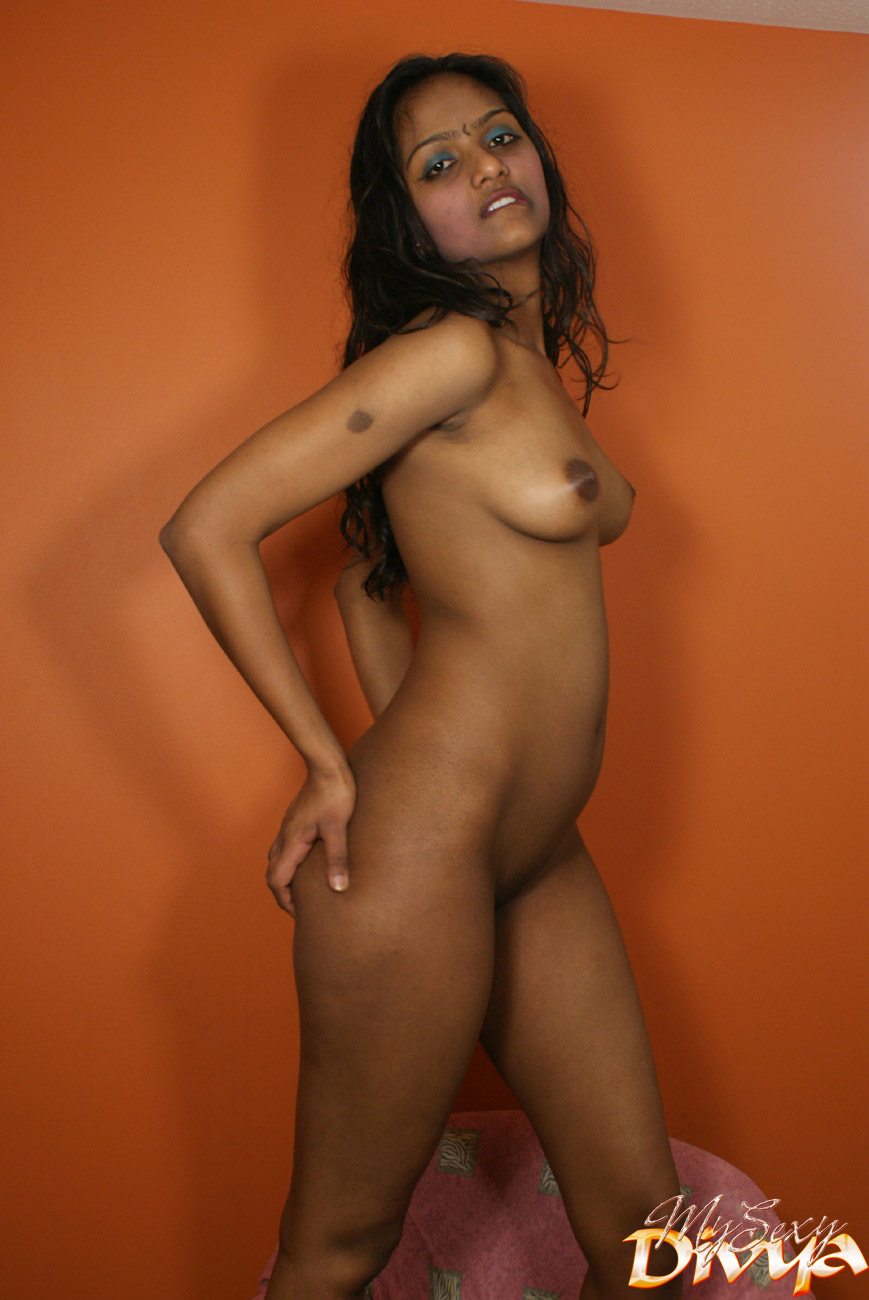 nude-black-indian-girl-with-self-shot-pussy-eating
