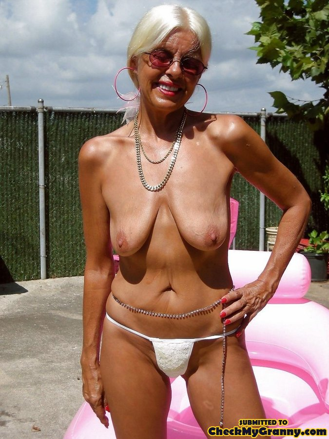 White Haired Amateur Granny Posing In Sexy - Xxx Dessert -7461