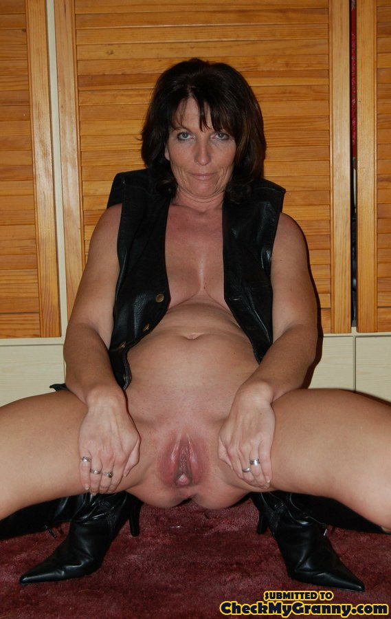 British houswife with her neighbour 6