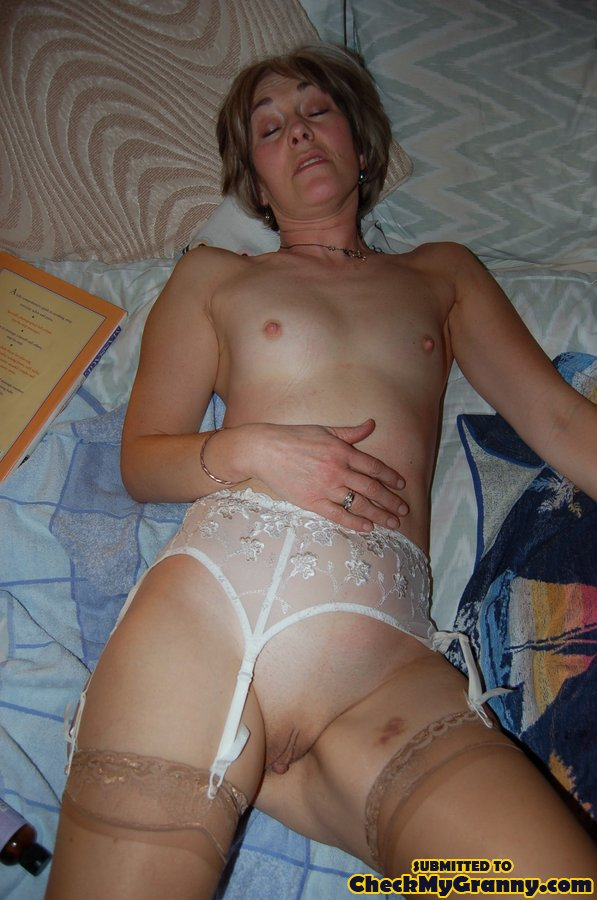 Cum hungry wife