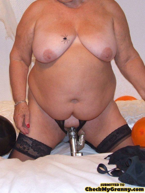 Naked alternative girls