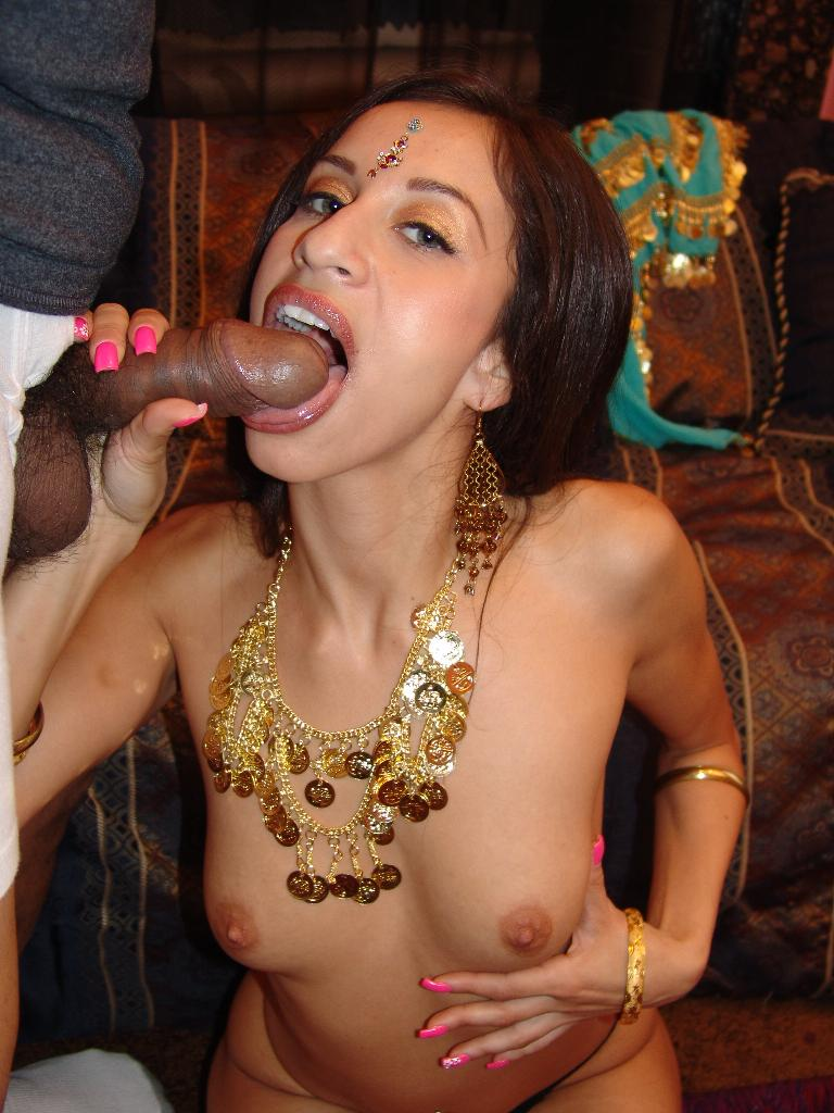 Indian Girl Showing Small Boobs - Xxx Dessert - Picture 13-1589
