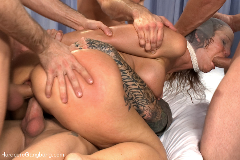 Milf in gangbang bondage — photo 11