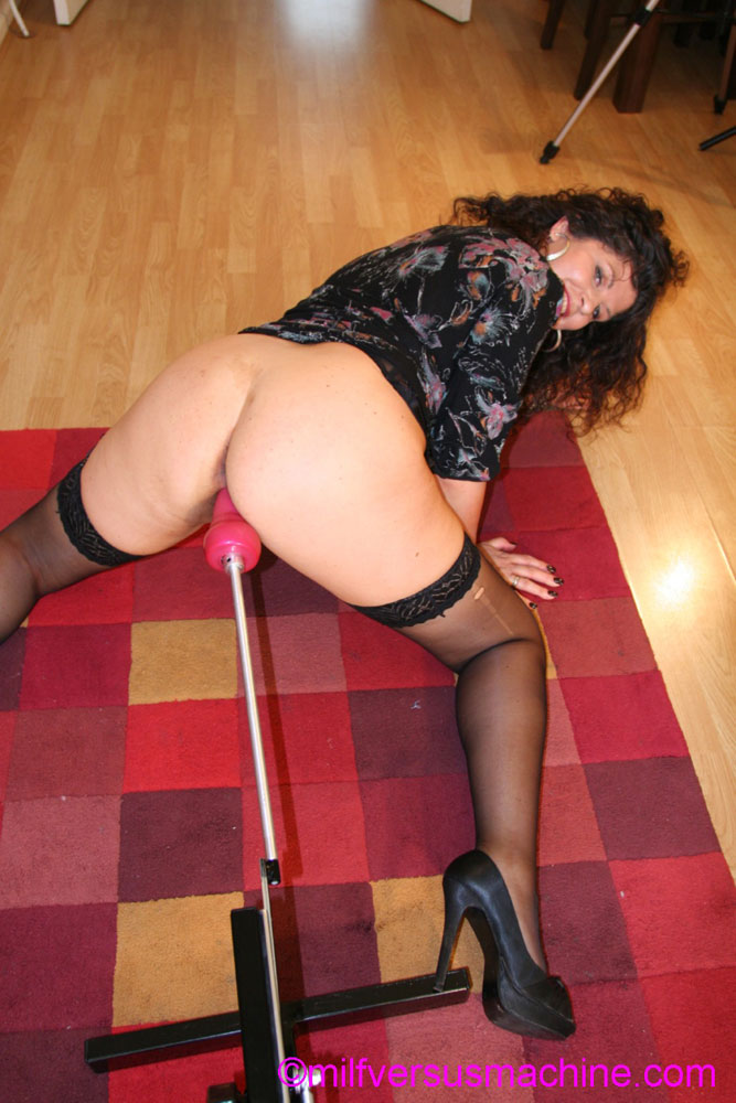 Horny milf in black stockings gets her cunt - XXX Dessert - Picture 8