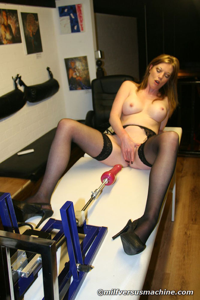 Sexy mom in stockings getting high having h - XXX Dessert - Picture 9