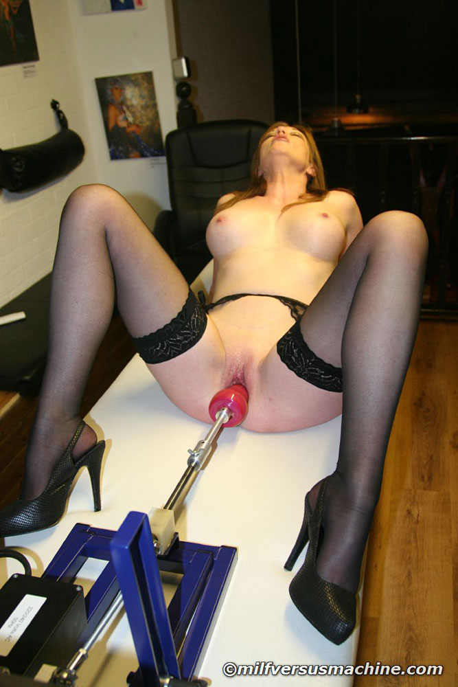 Sexy mom in stockings getting high having h - XXX Dessert - Picture 11