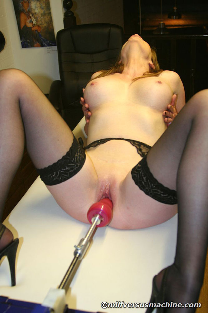Sexy mom in stockings getting high having h - XXX Dessert - Picture 12