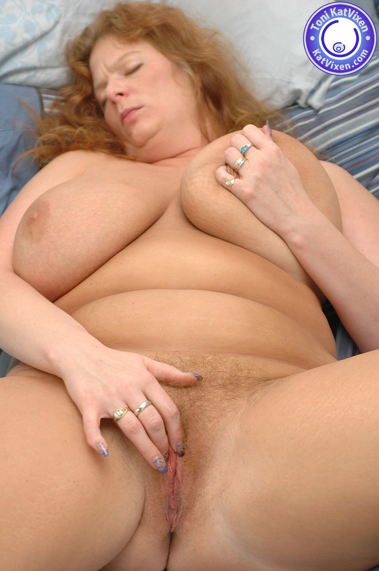 Bbw toy nude and