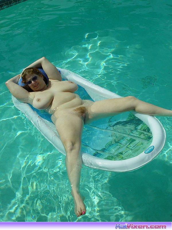 Big tits virgin girls nude