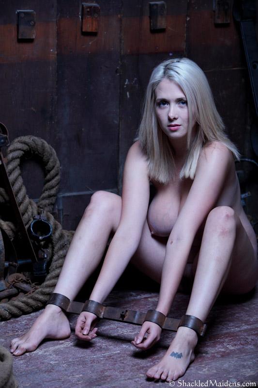 mature blonde sex thai