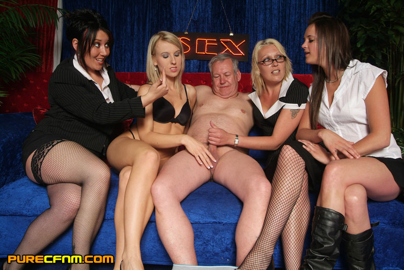 Cfnm Old - Old man got a handjob by hot sexy models