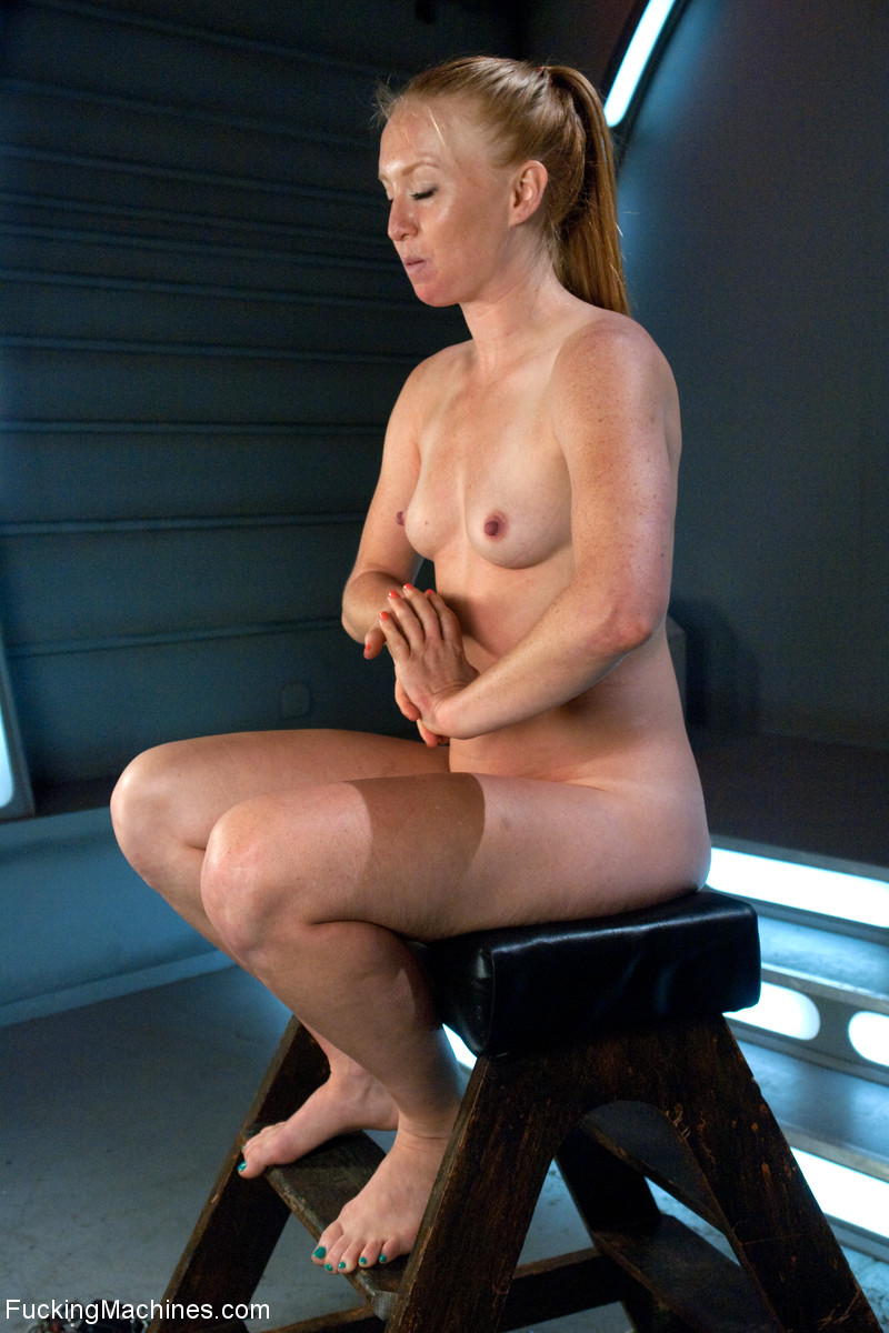 Ponytailed chick roped to a fucking machine - XXX Dessert - Picture 9
