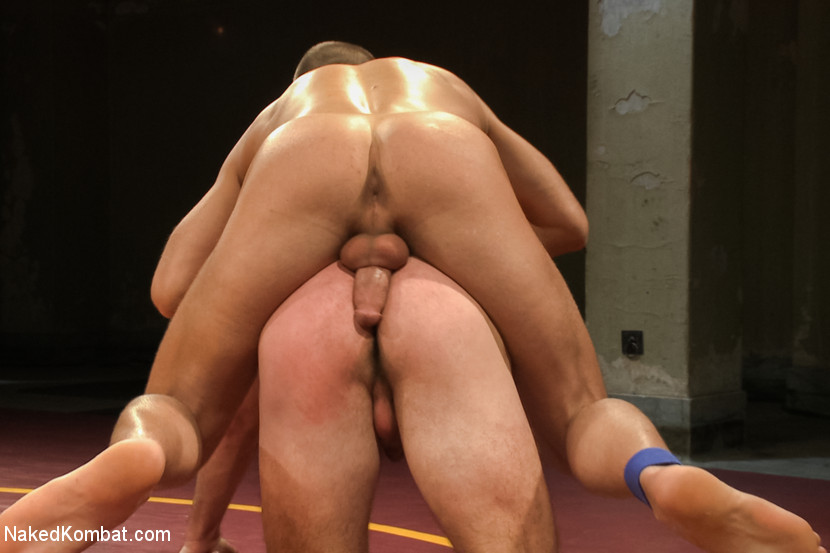 Gay gets his ass fingered and banged