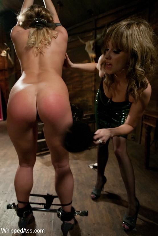Nude Porn Pics Omaha lick my juicy pink pussy