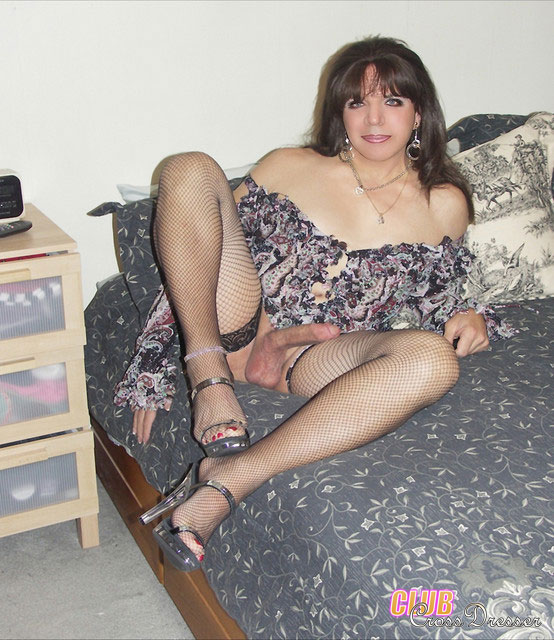 Hot mature crossdressers
