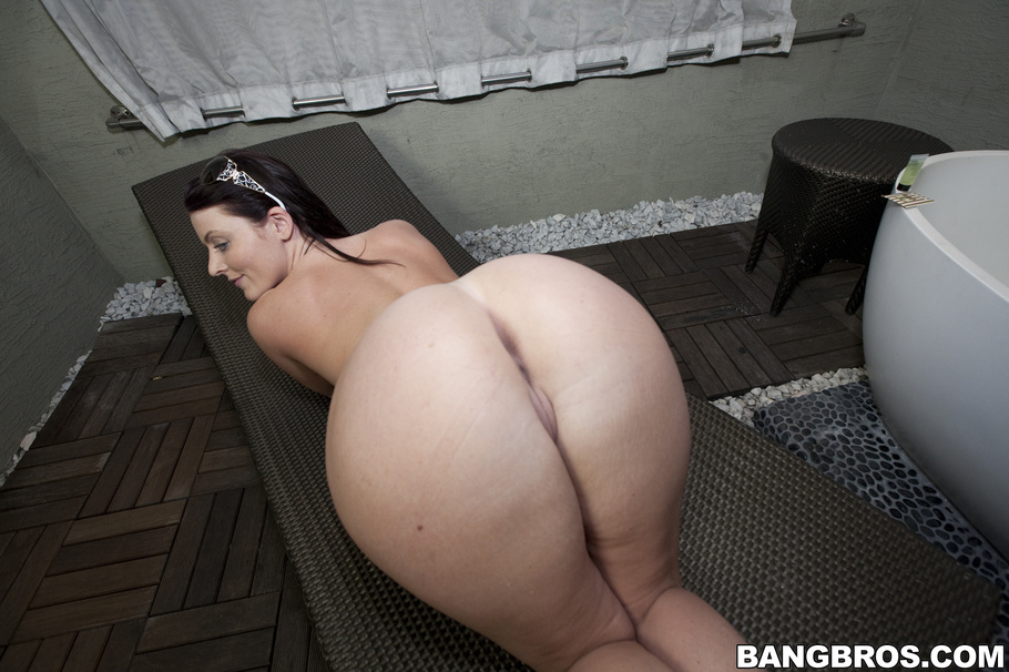image Big ass sophie dee kelly divine