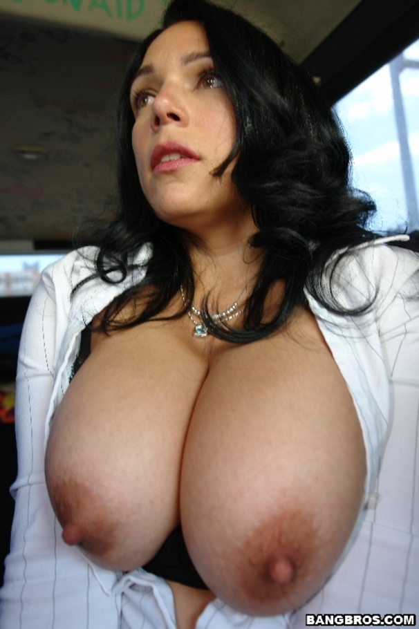 Big ass milf hardcore and cum on tits 5