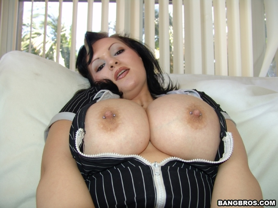 Huge Natural Tits Lovers