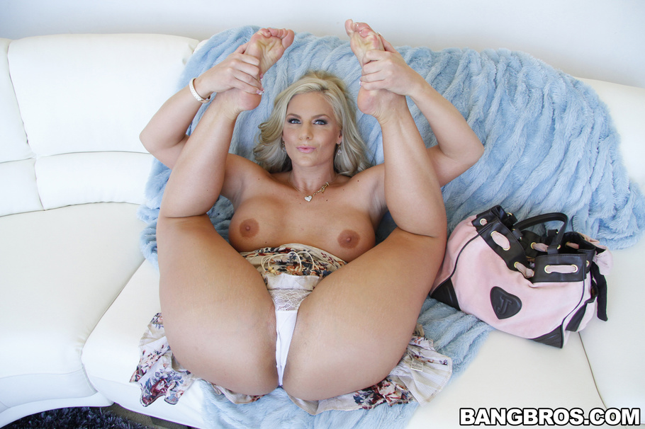 Sex foot girl