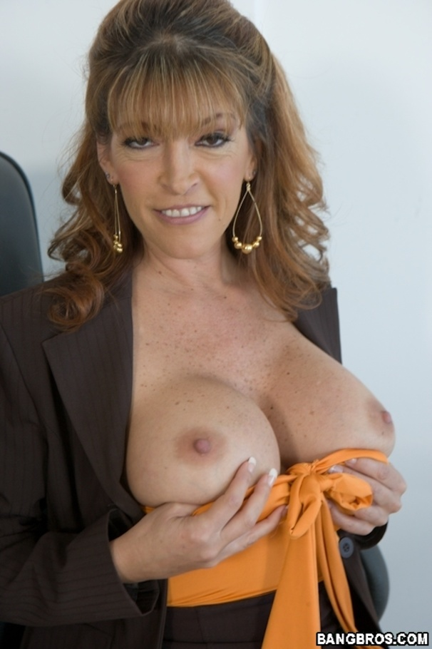 Amateur milf huge tits curly red first time 7