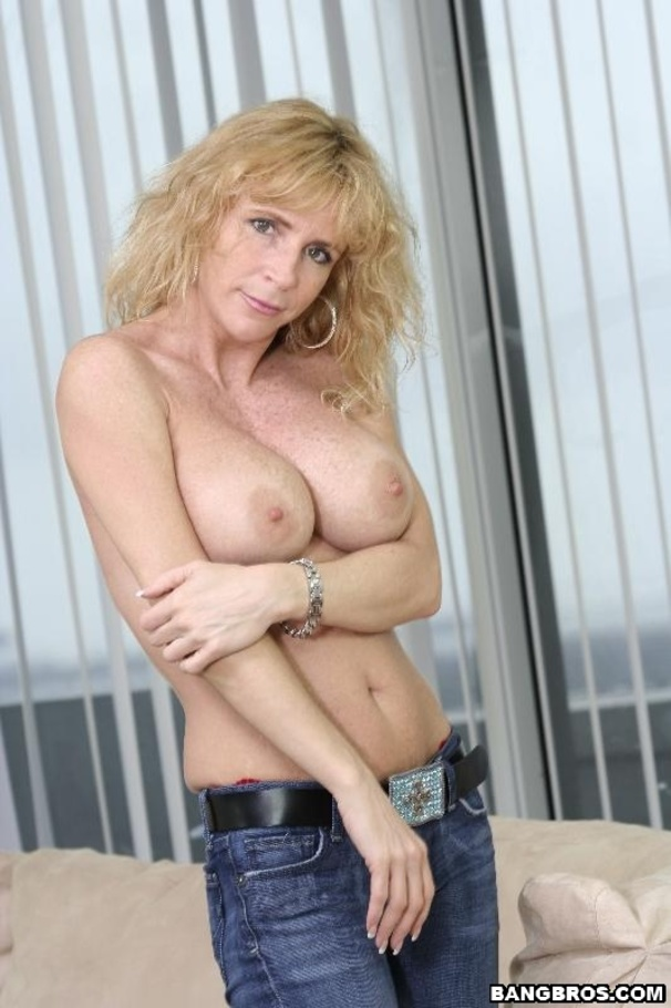 milf and young porn