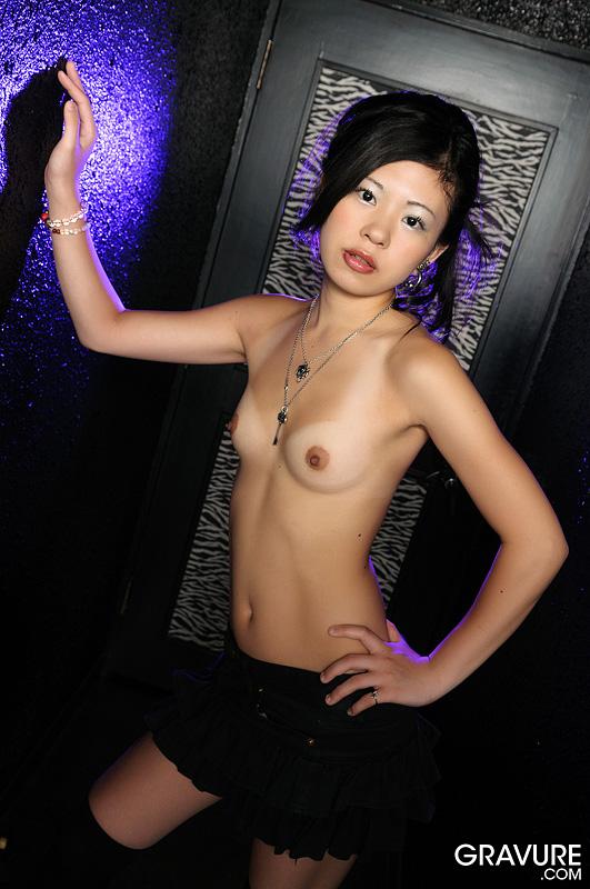 naked women in knickers