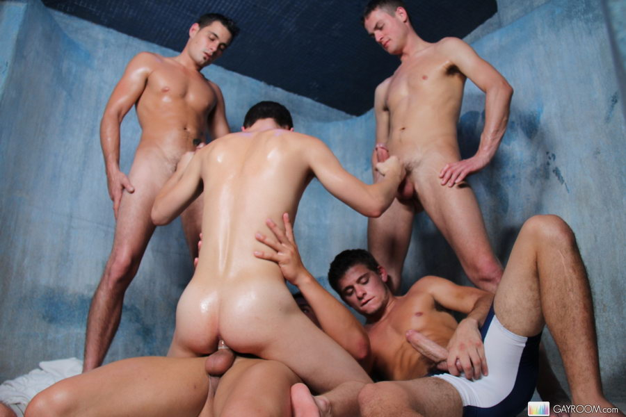 Naughty gay guys fucking in group