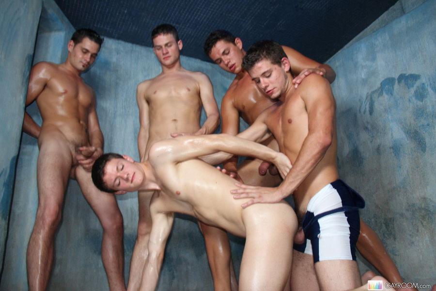Naughty gay guys fucking in group