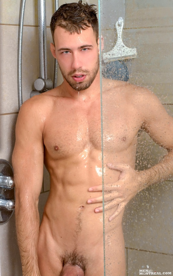 A hunk of a guy, this model shows off his h - XXX Dessert - Picture 5