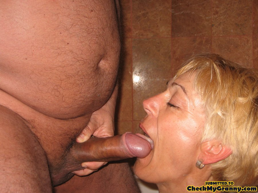 Granny loves sucking cock
