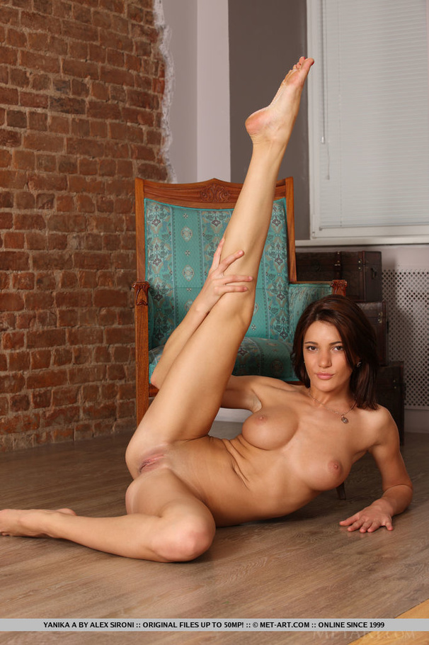 Tall Teen Naked