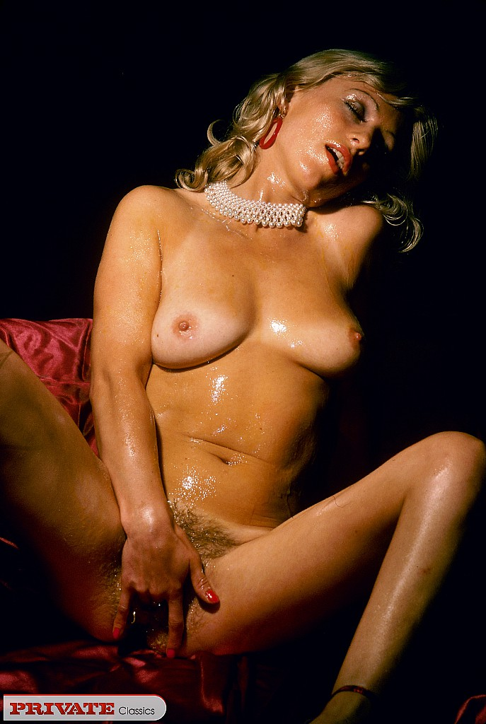 Free Old Huge Tits Pics Mature Pictures Collection
