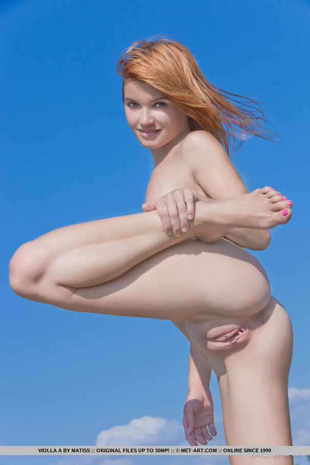 girl  shaped  naked