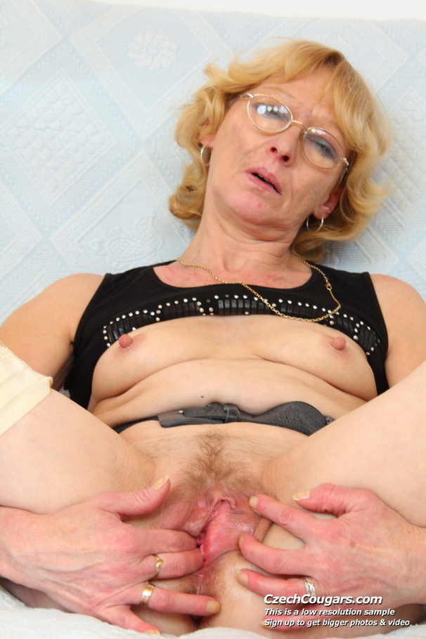 Mature Mom Big Tits Bbc