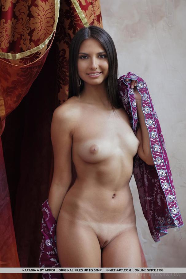 Escena desnuda de Eliza dushku