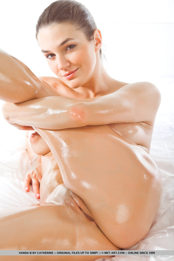 Porn blonde oiled nude something also