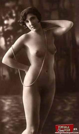 Full Frontal Vintage Nudity Chicks Posing I - Xxx Dessert -6849