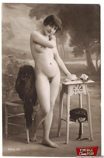 Full Frontal Vintage Nudity Chicks Posing I - Xxx Dessert -6108