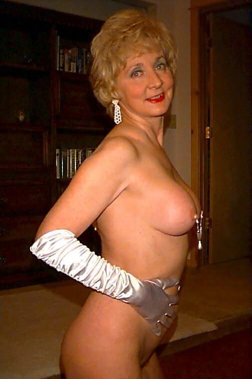 Mature Granny Classy Carol From United States - Youxxxx-6502
