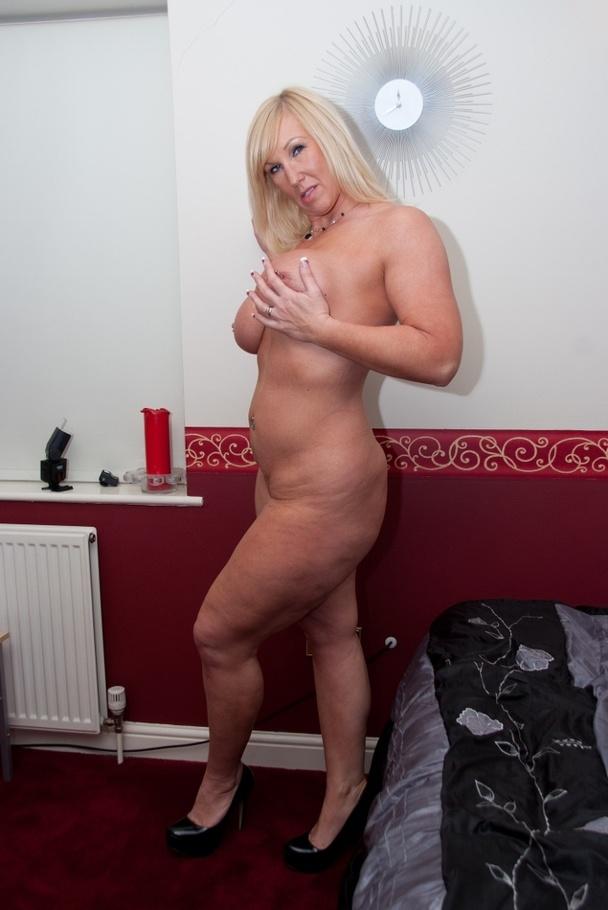 Pornstars like it big district 69 scene starring courtney - 2 part 1