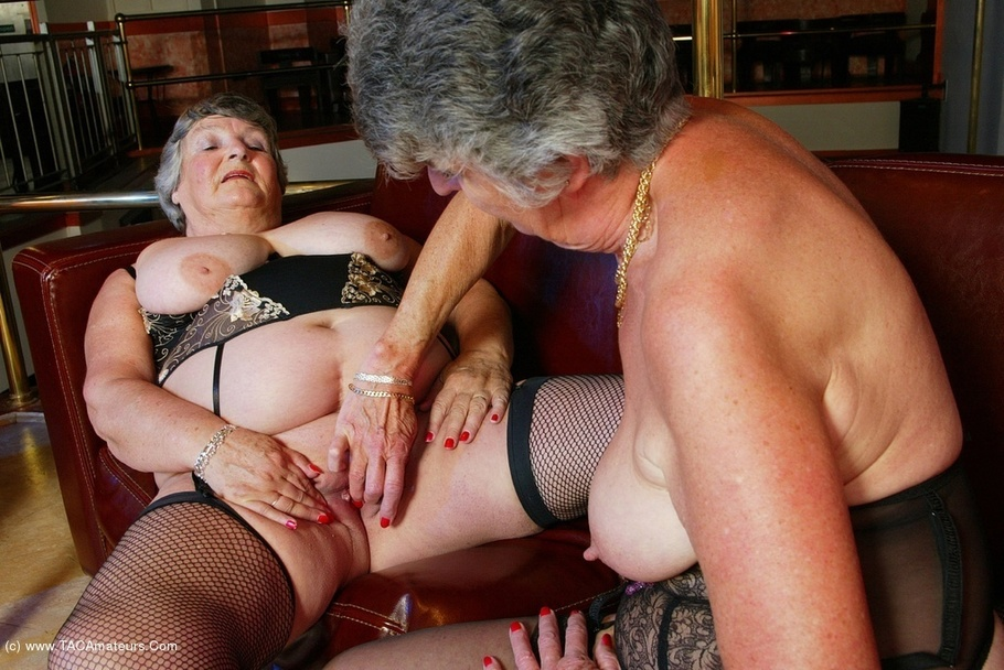 grannies-with-male-female-sex-organs-clips