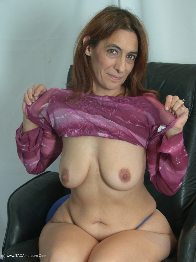 Cougar jolanda from united kingdom purple jumper