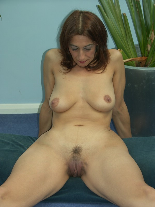 Mature women and cocks