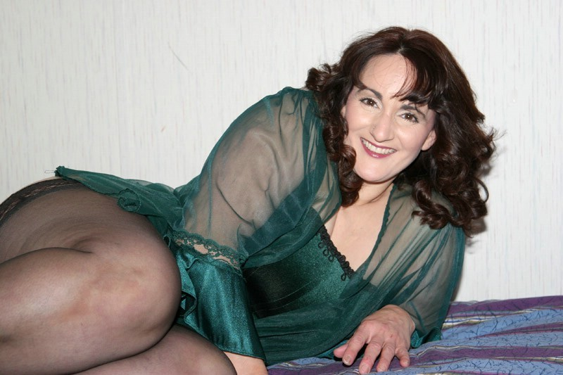 Naked lesbian pics of debby ryan